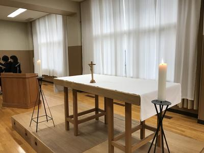 修学旅行祈りの集い祭壇